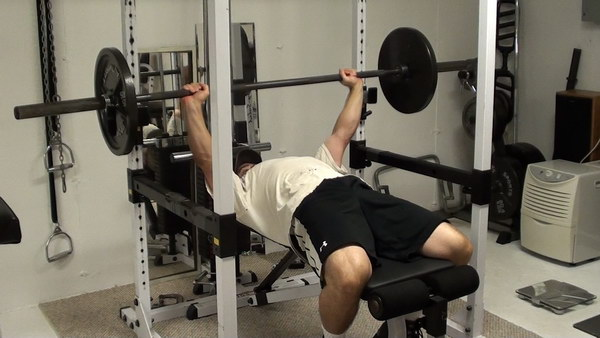 Shifting Grip Bench Press For Inner Pec Training And Better Chest